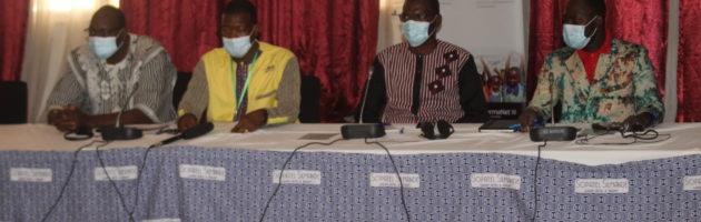 Le Burkina Faso défie la résistance grâce aux moustiquaires PBO : un atelier d'échanges de haut niveau à Ouagadougou discute de leur efficacité